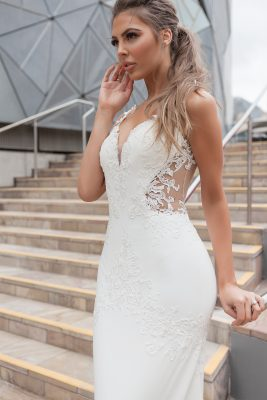 Elegant sleek Wedding Dress Melbourne